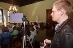 Publiczność zgromadzona podczas konferencji w Sali Kameralnej Pałacu Pusłowskich, siedzibie Instytutu Muzykologii UJ
