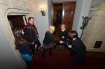 Od lewej Jakub Baran (współautor książki Marek. Marek Grechuta we wspomnieniach żony Danuty), Danuta Grechuta, dr Anna G. Piotrowska - koordynatorka konferencji i opiekun naukowy oraz Anna Łoś- dziennikarka Radia Kraków